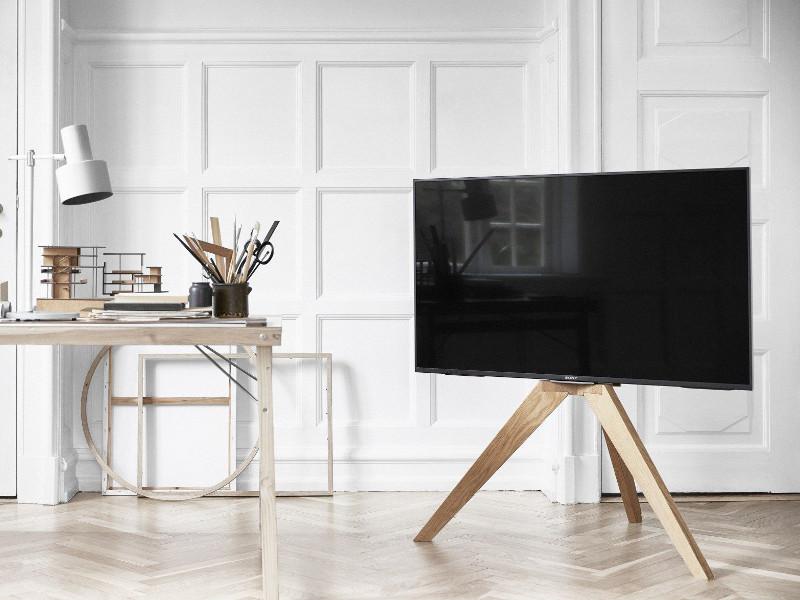 Vogels NEXT OP1 TV Ständer Holz bis 70 Zoll Fernsehständer